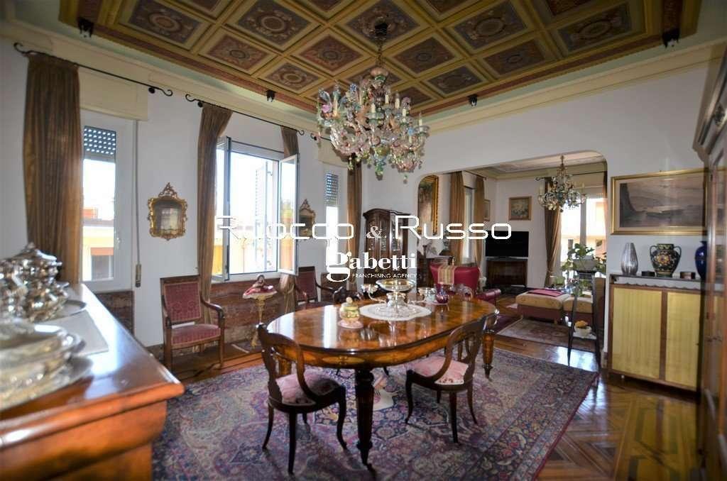 Vendita Appartamento Genova Albaro 10 Vani Con Terrazzo Sovrastante