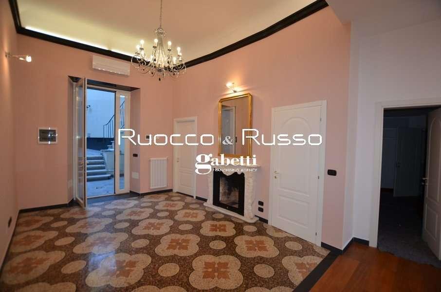 Affitto Appartamento Genova Centro 70 Mq Biservizi Ristrutturato Con Giardino
