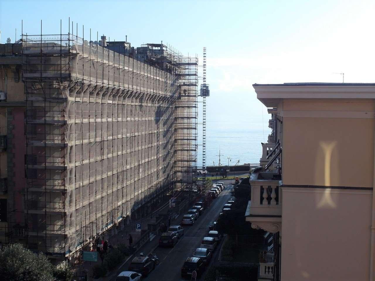 affitto appartamento Genova Albaro 6 vani arredati con balcone